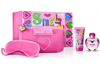 Pink Bouquet by Moschino for Women Set Includes: Eau de Toilette Spray 3.4 oz + Body Lotion 3.4 oz + Lip Gloss 0.3 oz + Pink Bouquet Cosmetic Bag + Pink Bouquet Sleep Mask
