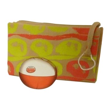 Red Delicious by Donna Karan for Women Set Includes: Eau de Parfum Spray 1.7 oz + Red Delicious Donna Karan Cosmetic Bag